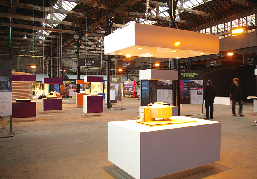 something-concrete-and-modern-exhibition