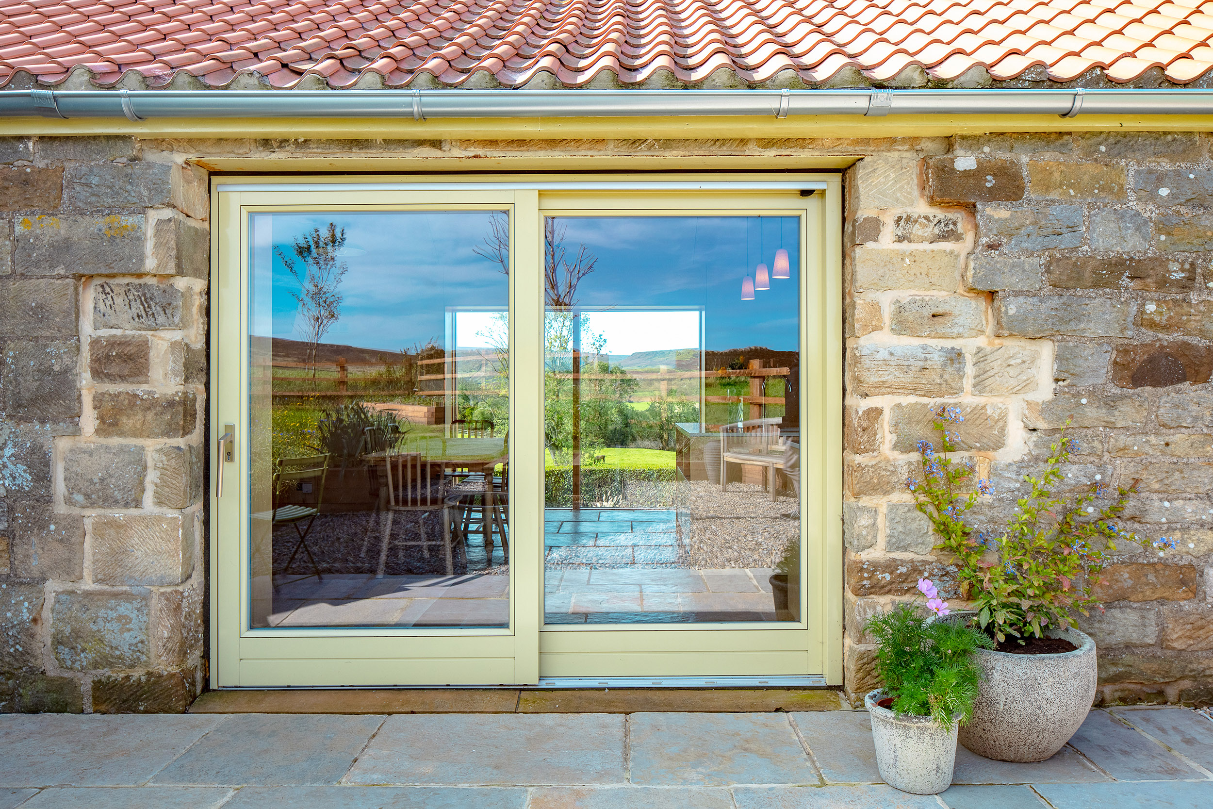 harper-perry-architects-housing-barn-westerdale-north-yorkshire-glazing-patio-barn