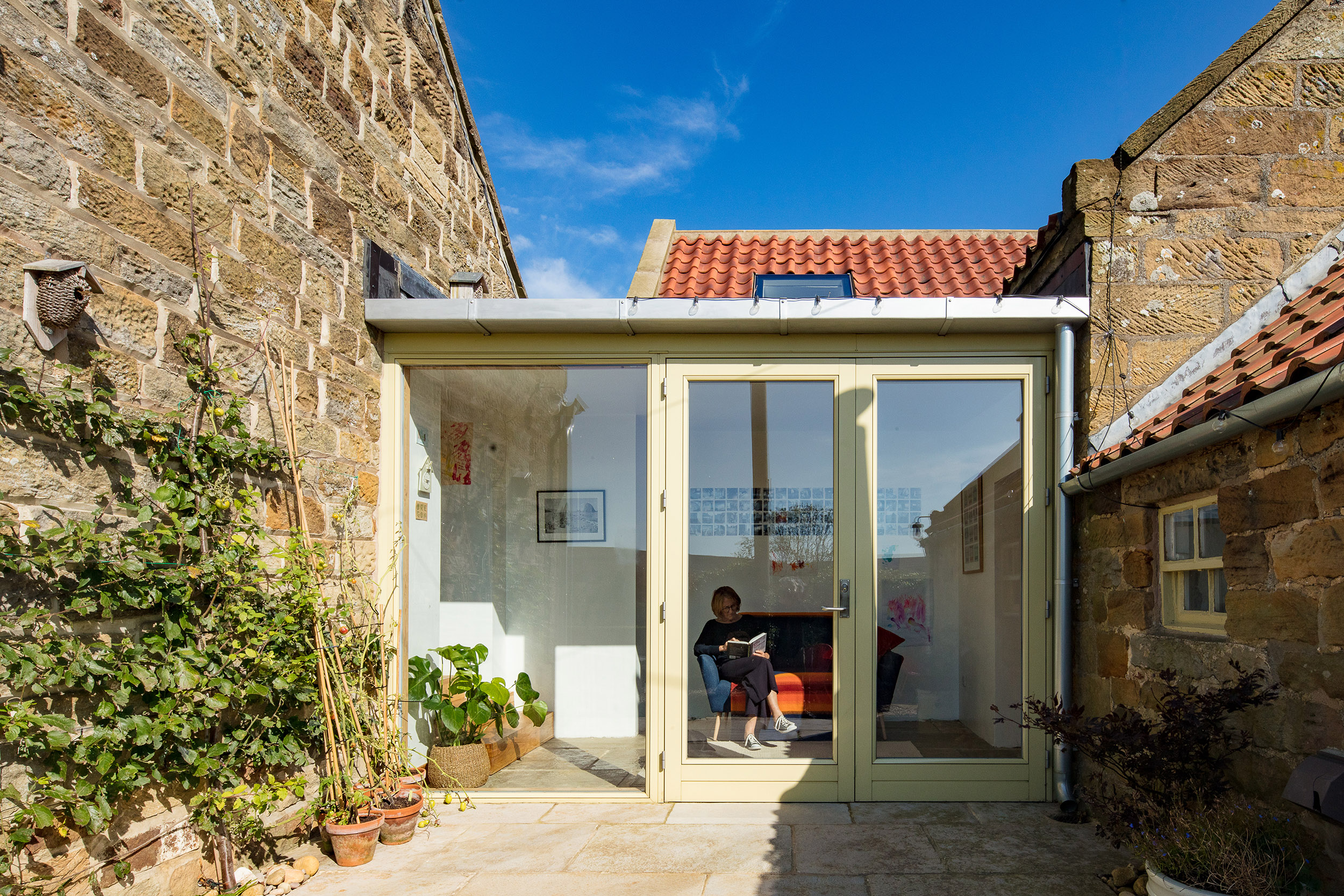 harper-perry-architects-housing-barn-westerdale-north-yorkshire-link-patio